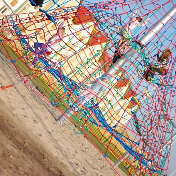 Titan piramida linowa